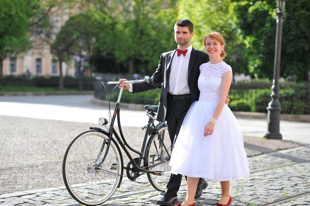 Krátke svadobné šaty_čipkované_krajkové_na mieru_podľa predstáv