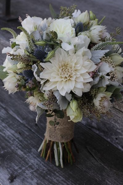 Zdroj fotky: https://www.theknot.com/marketplace/twisted-willow-flowers-columbus-nj-561585