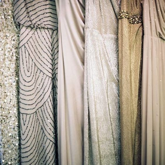 Zdroj fotky: http://www.mywedding.com/wedding-ideas/colors-themes/20-must-have-new-year-s-eve-wedding-details/