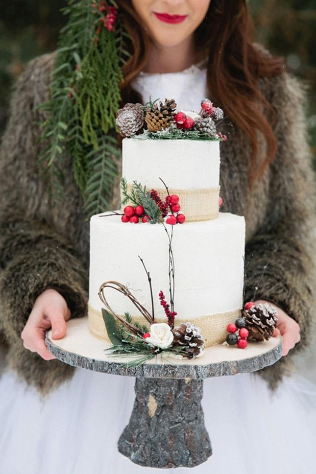 Zdroj fotky: http://www.brit.co/winter-wedding-trends-2016/